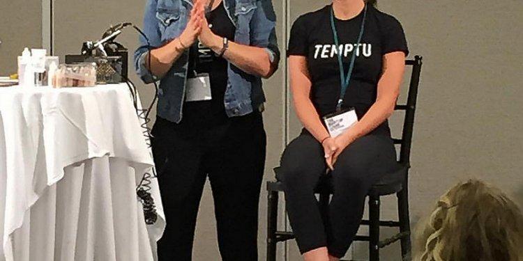 TEMPTU Airbrush 101. Great job @promakeupandhairbytanya #TemptuAir #temptupro #TemptuTeam