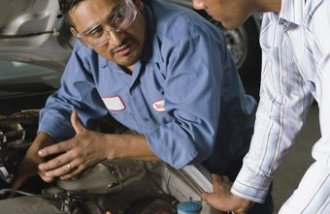 Geographic location make a difference exactly how much an automobile repair shop owner earns.